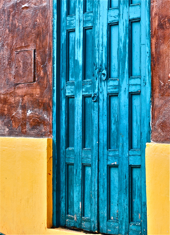 blue Chiapas door